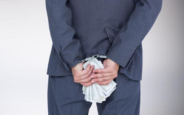 los-bancos-deben-de-pagar